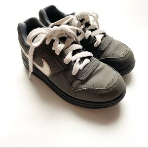 Nike Toddler Gray Delta Force Sneakers
